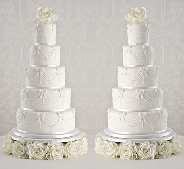 Multi-tiered wedding cakes to drool over - Wedding Clan