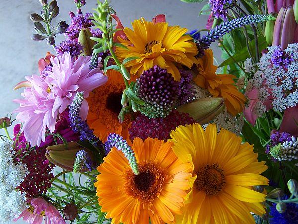Get organic flowers