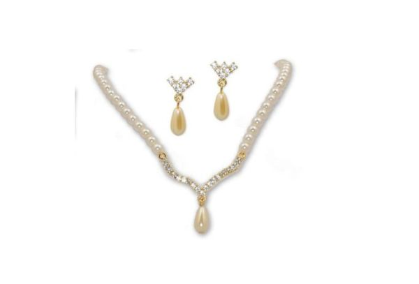 Ivory Pearl and Crystal on Gold V Drop Necklace & Earring SET