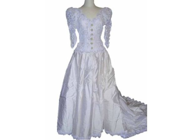 Ivory Vintage Wedding Gown Dress