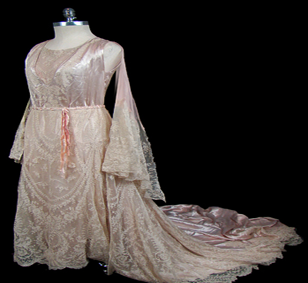 lace gown with train