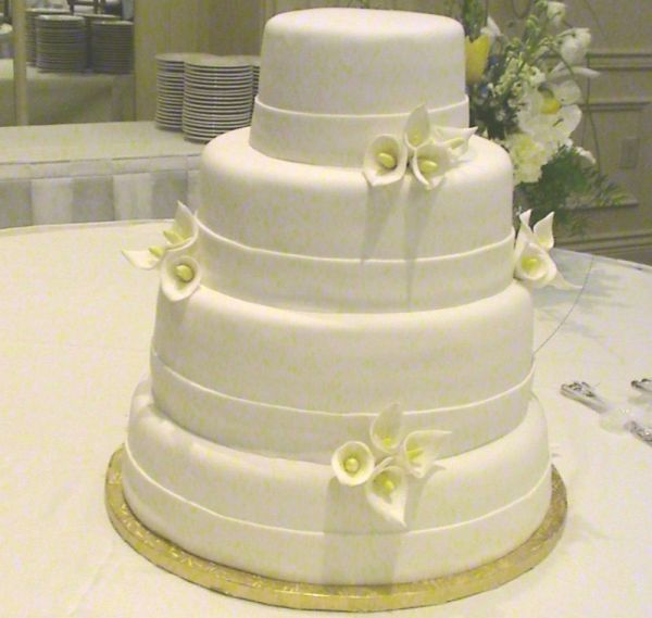Ornamental white cake
