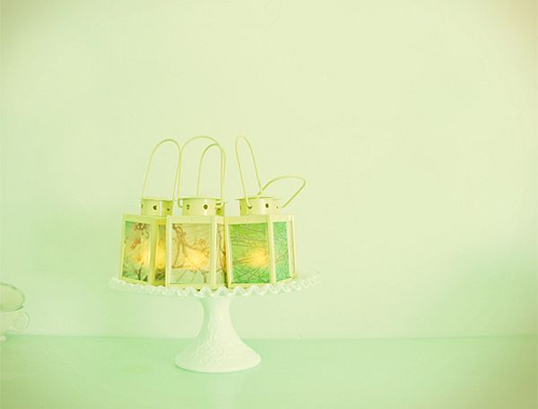 Photo lanterns for indoor weddings
