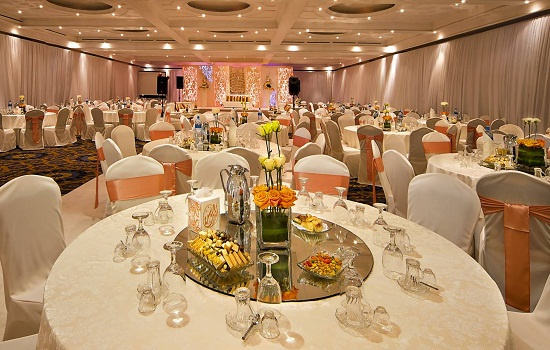 Seating venue according to guests