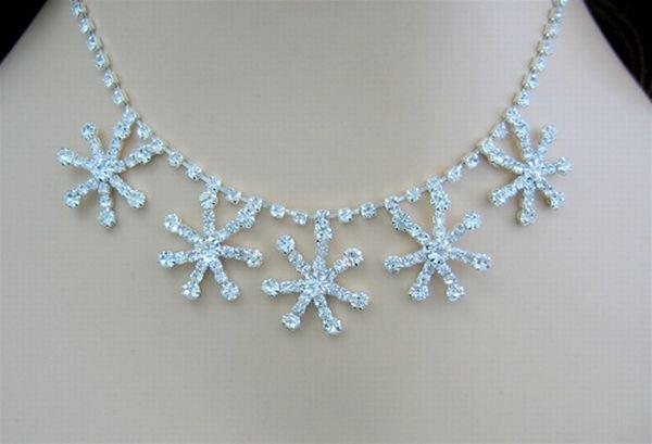 Snowflake Necklace set 520