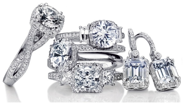 Top engagement ring trends for 2012Top engagement ring trends for 2012