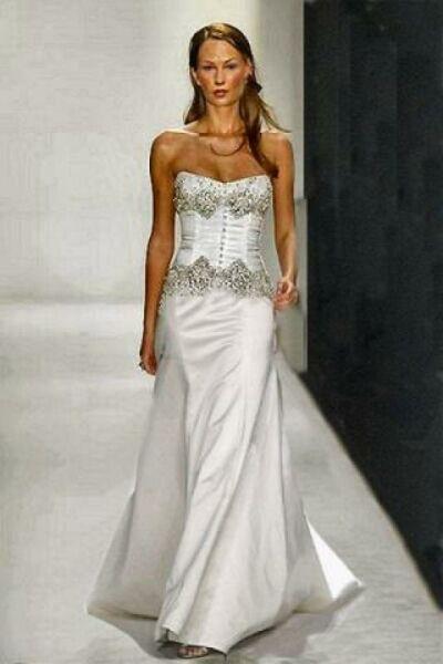 wedding gowns d123