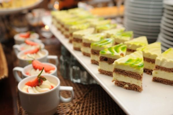 Creative wedding food trends