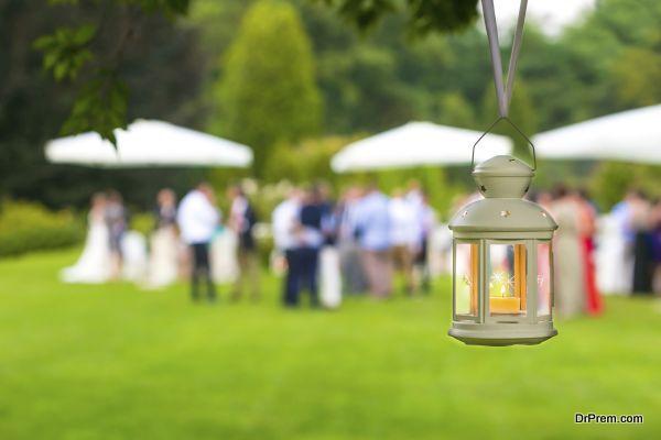 wedding guest outdoor