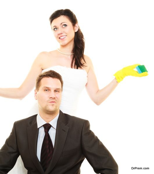 newly-married-couple-should-wash-all-the-dishes