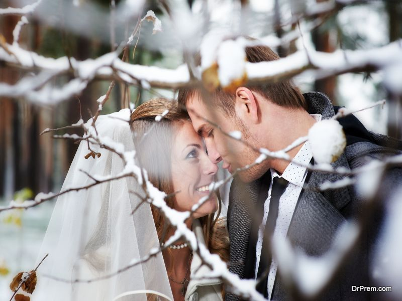 Successful-Outdoor-Winter-Wedding