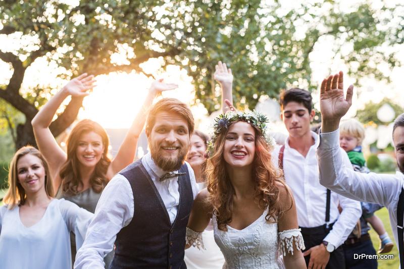 guests-at-wedding